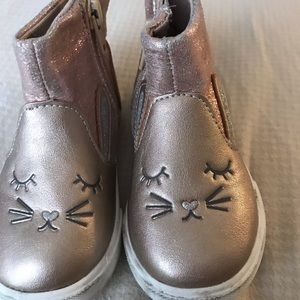 Toddler girl size 5 cat boots